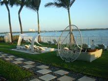 אזור המדיטציה החיצוני במלון Quarzo מיאמי