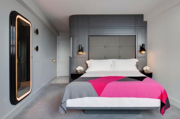חדר אורחים במלון סי קונטיינרס